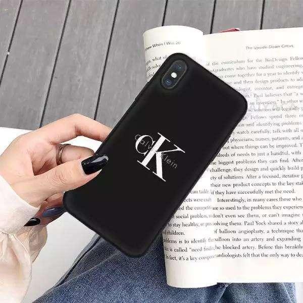 CK דגם קלאסי מושלם לכל הטלפונים